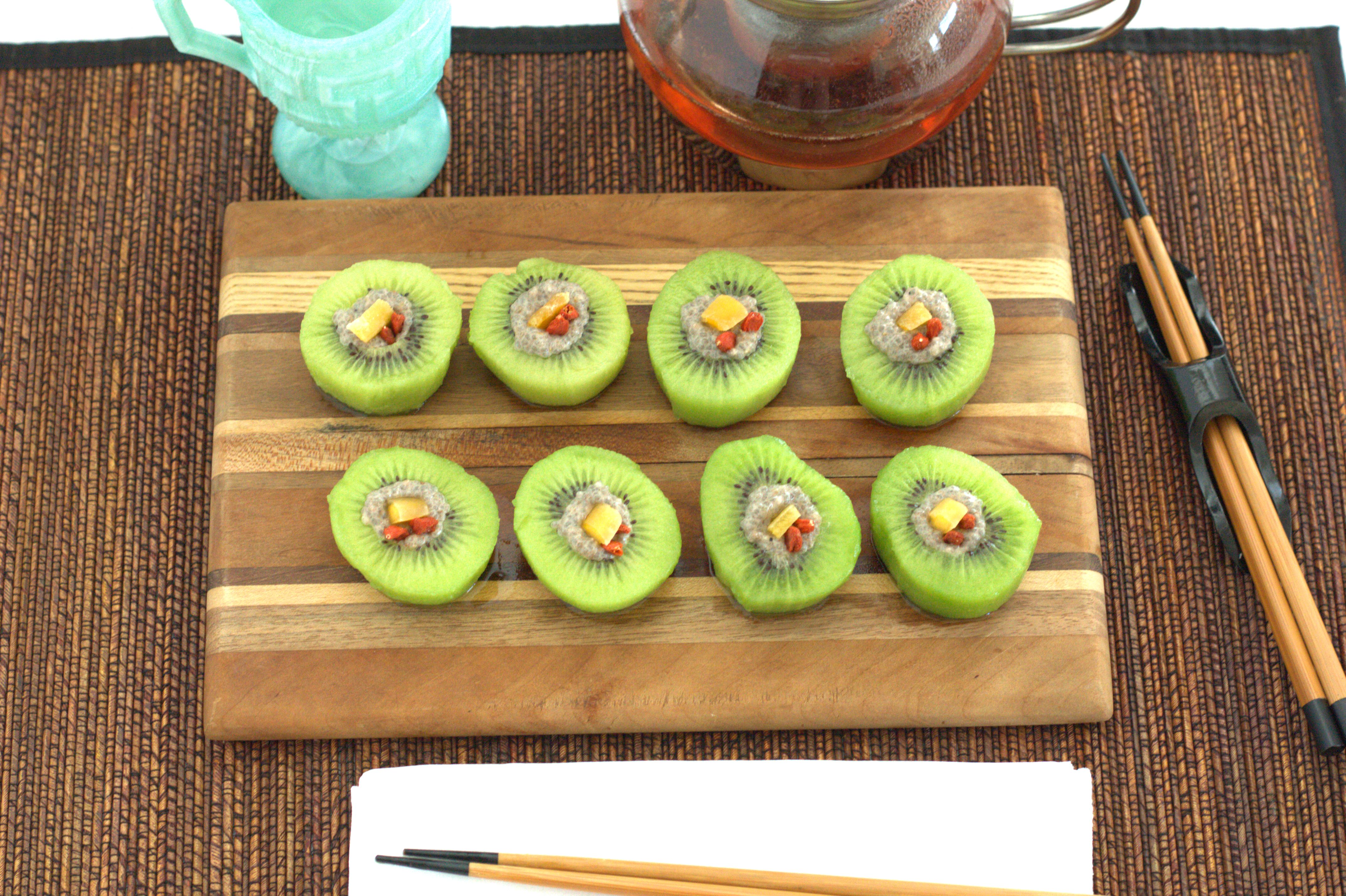 """The Result Is A Stunning Presentation Of Kiwi €�sushi"""" That Is The Perfect  Snack To Fix Any Sweet Tooth"""