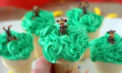 Monkey Tree Cupcake